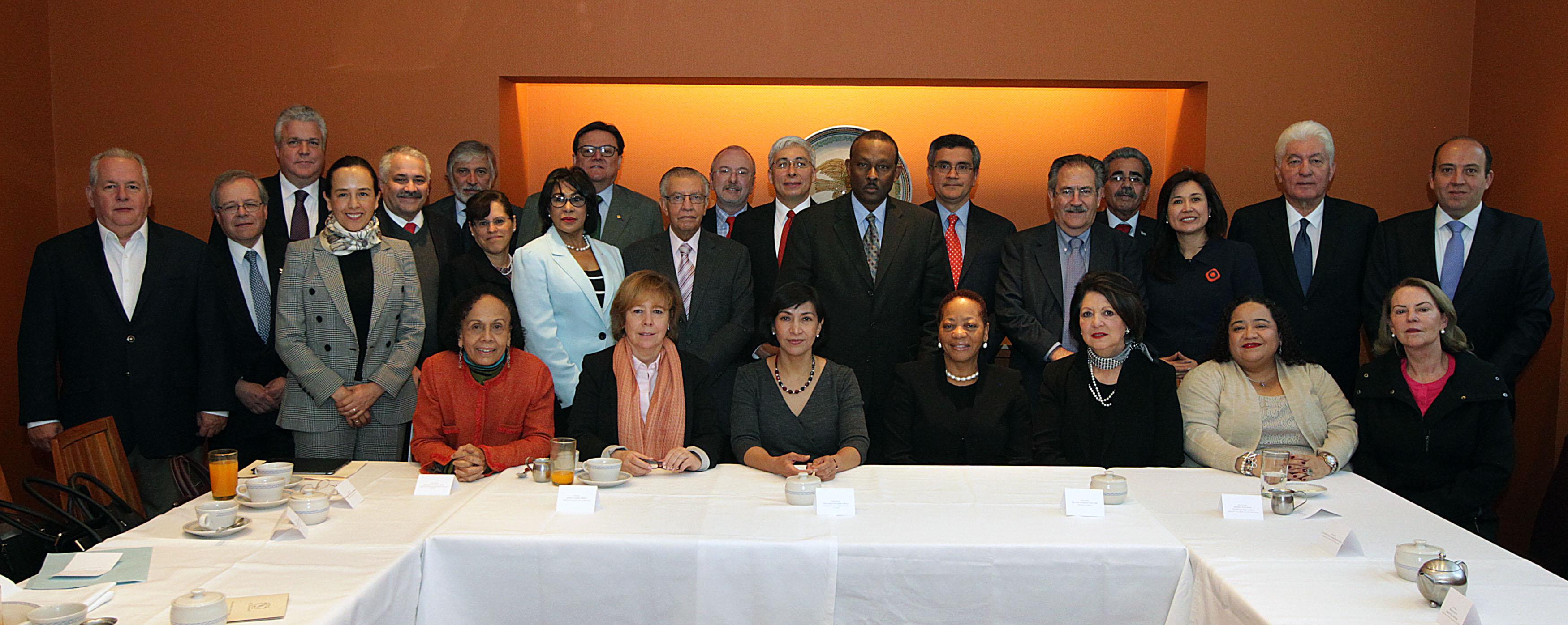 FOTO Reuni n de trabajo de la Subsecretaria Socorro Flores Liera con embajadores de Am rica Latinajpg