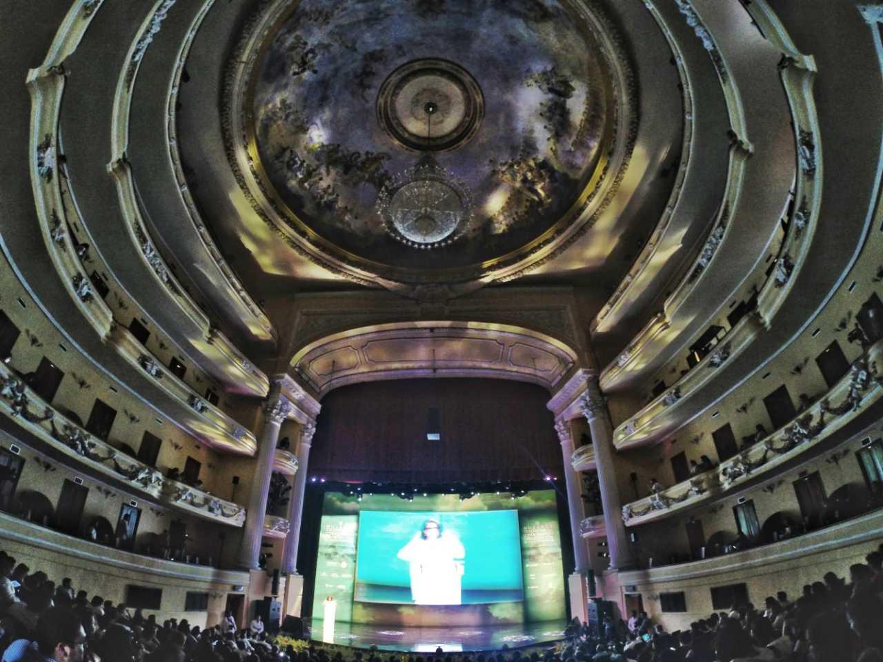 FOTO 4 Encuentro Internacional de Mujeres  en el Teatro Pe n Contreras de M rida  Yucat njpg
