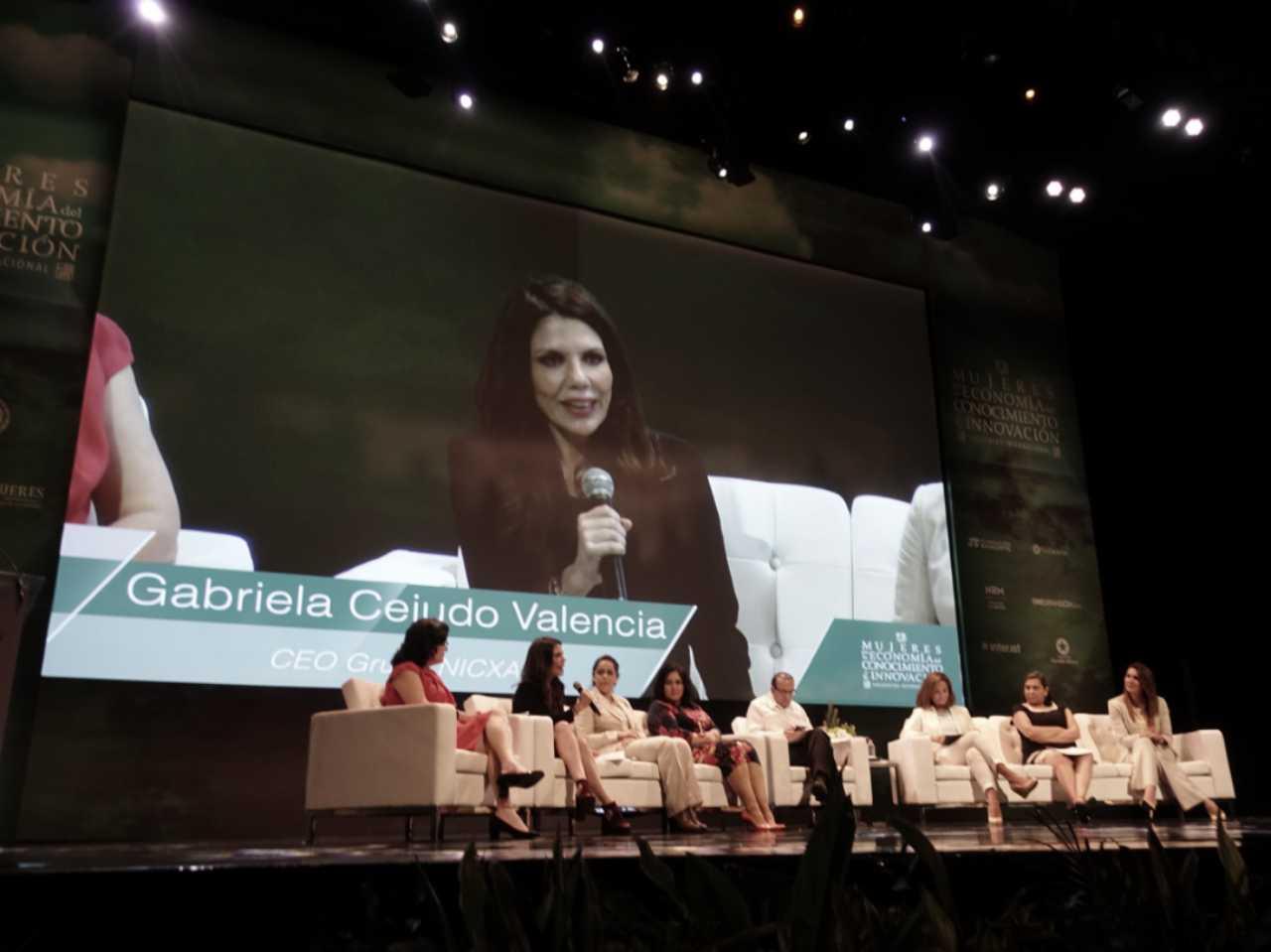 FOTO 3 El Secretario del Trabajo  Alfonso Navarrete Prida  encabez  el panel Salarios y Utilidades  Exigencia de Igualdadjpg