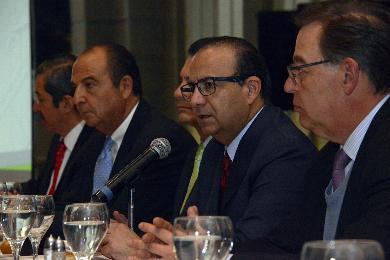 Secretario Alfonso Navarrete Prida en la Barra Mexicana Colegio de Abogados 6jpg
