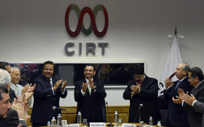 El Subsecretario Rafael Avante testigo en la firma del acuerdo incremento salarial a trabajadores de la radio y la televisi n 3jpg