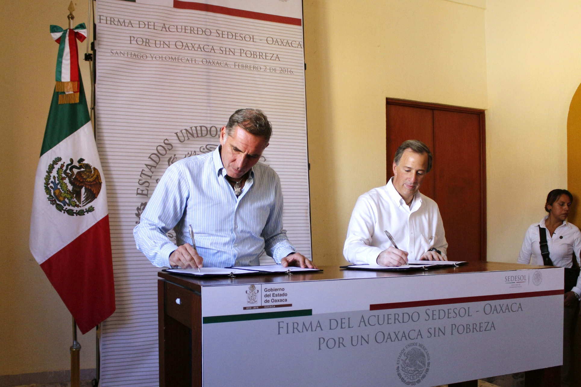 FOTO 4 Secretario Meade en el marco de su gira al estado de Oaxaca.jpg