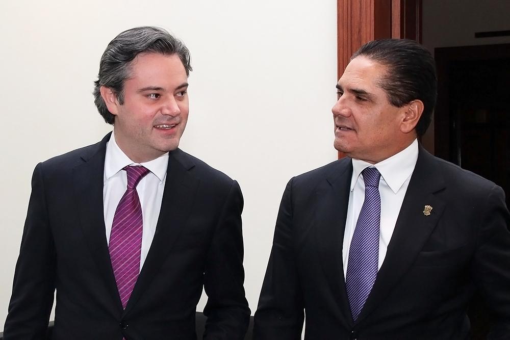 gobernador michoacan secretario educacion publica 2.jpg