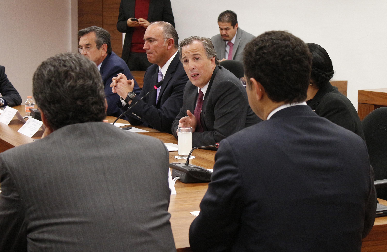 FOTO 3 El secretario Jos  Antonio Meade encabez  una reuni n intersecretarial en materia de Desarrollo Social.jpg