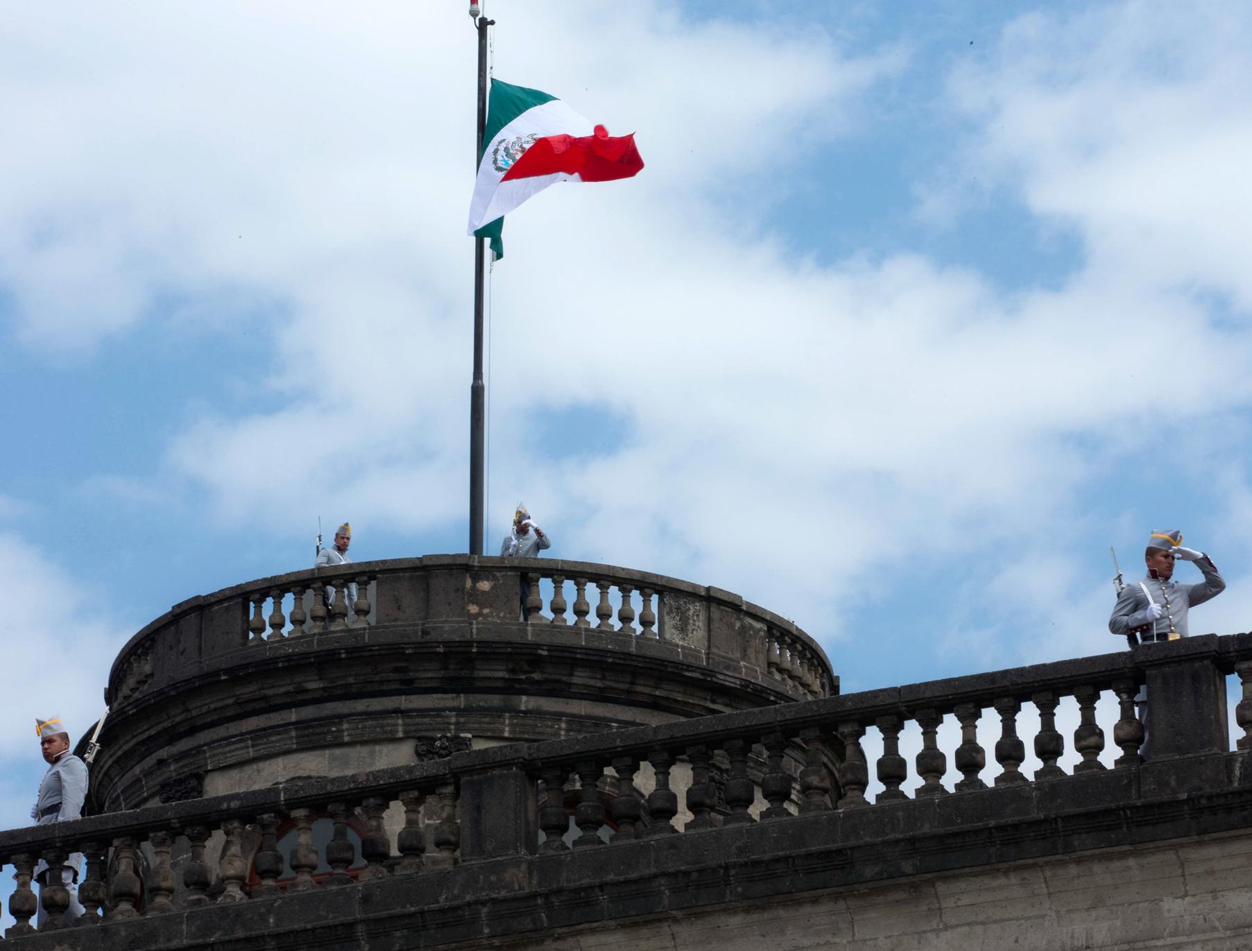 Bandera de México. Castillo de Chapultepec. (Foto: Presidencia de la República)