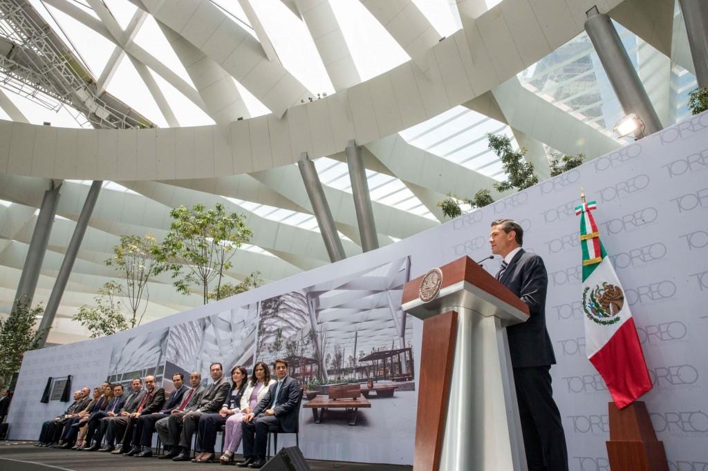 Durante el evento, el Jefe del Ejecutivo resaltó que la inauguración de este centro comercial es una muestra de la confianza que se tiene para las inversiones en México.