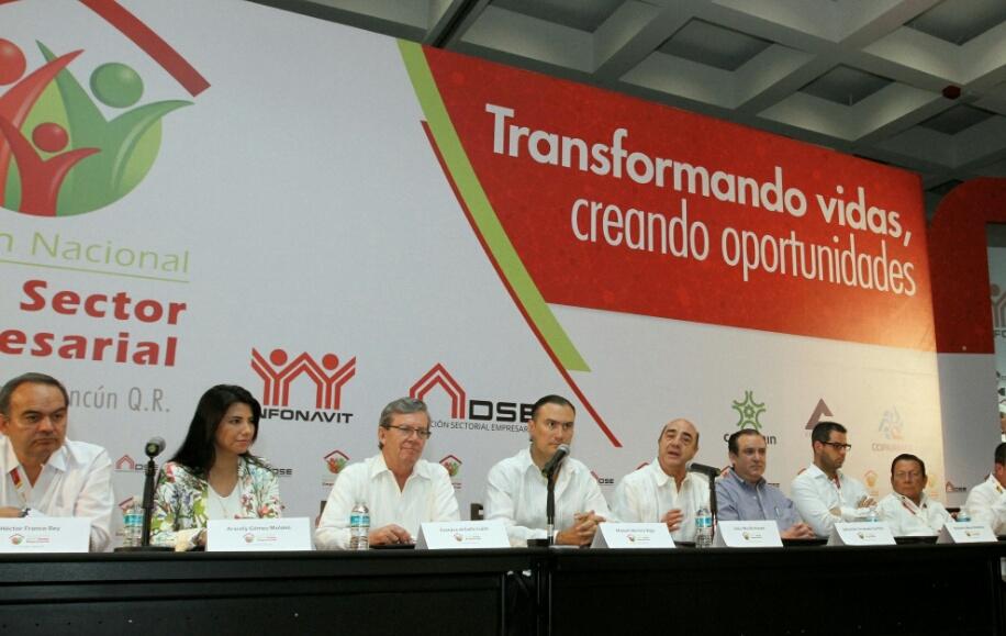 El funcionario aseguró que la voluntad del Presidente Enrique Peña Nieto es impulsar reformas que permitan al sector de la vivienda mantener el camino ascendente.