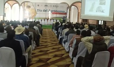 """Foro """"Día Nacional del Agrónomo"""" en Durango"""