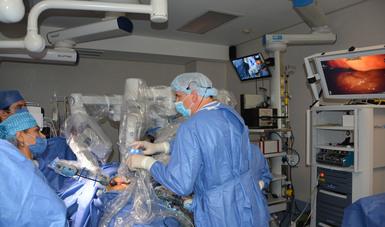 robot de cirugía de próstata da vinci completos