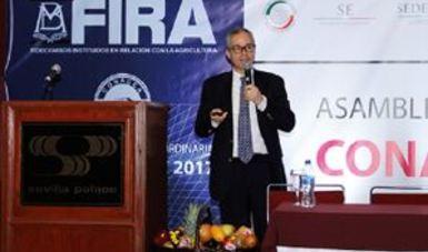 DG de FIRA en asamblea CONACCA