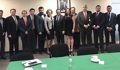 Se reúne Ildefonso Guajardo en Nuevo León con directivos de empresas de servicios de inversión
