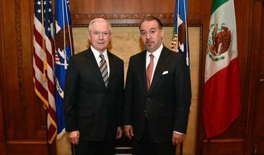 Se reúne el Procurador General de la República Raúl Cervantes Andrade, con el Procurador General de los Estados Unidos de América, Jefferson B. Sessions.