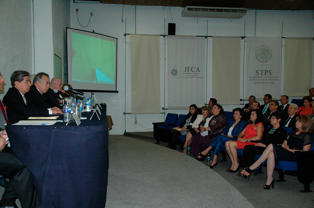 El Presidente de la Junta Federal de Conciliación y Arbitraje (JFCA), Jorge Alberto J. Zorrilla Rodríguez, afirmó que la institución jurisdiccional que preside generará soluciones estructurales para impulsar la justicia cotidiana en materia laboral.