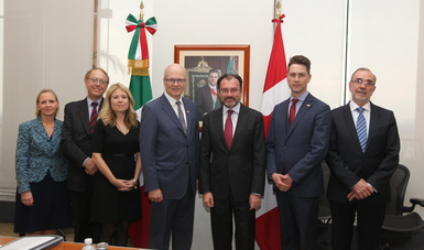 Canciller Videgaray con el Presidente de la Cámara de los Comunes de Canadá y un parlamentarios canadienses