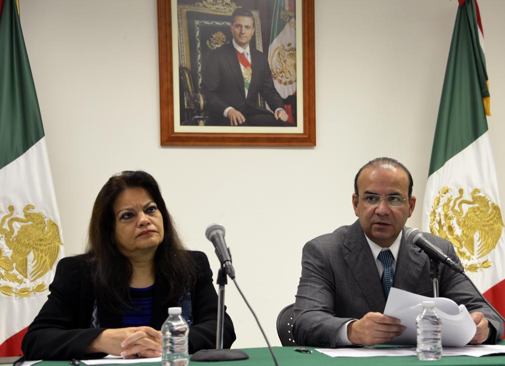 El Secretario del Trabajo, Alfonso Navarrete Prida, dio a conocer el pronunciamiento conjunto signado por los Secretarios del Trabajo y titulares responsables de las áreas laborales de los Gobiernos de las entidades federativas y el D.F