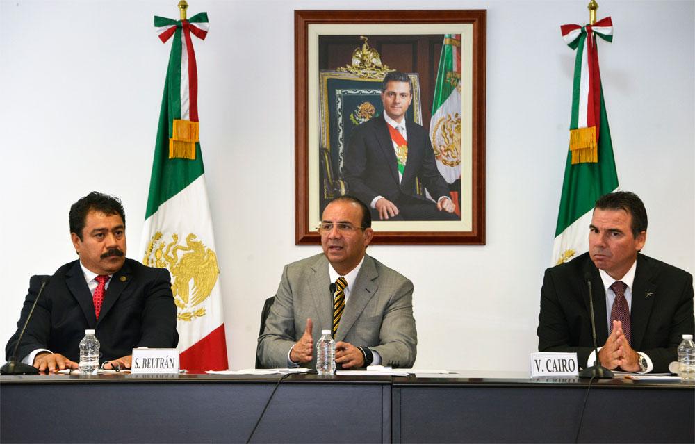 El encargado de la política laboral del país destacó la importancia de esta empresa en el sector, la cual genera 8 mil empleos directos en Lázaro Cárdenas, Michoacán, y 30 mil empleos indirectos.