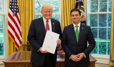 Presenta el Embajador Gerónimo Gutiérrez Cartas Credenciales al Presidente Donald Trump