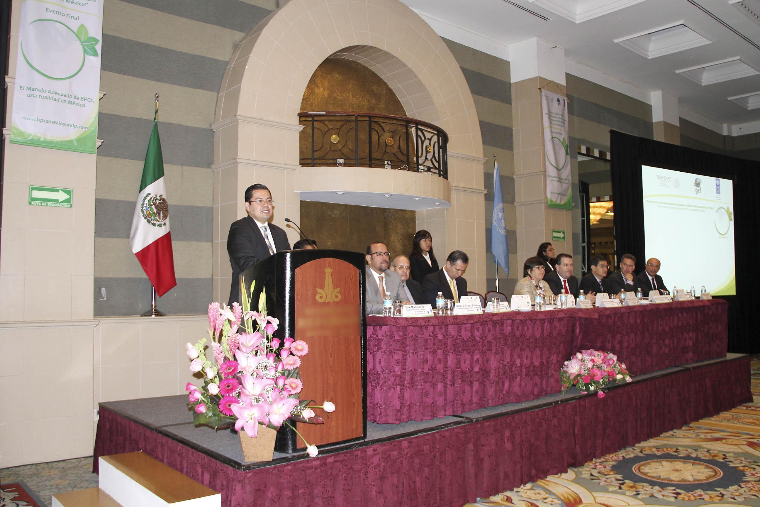 César Murillo, Director General de Gestión Forestal y de Suelos, en el Manejo y Destrucción Ambientalmente Adecuados de BPCs en México