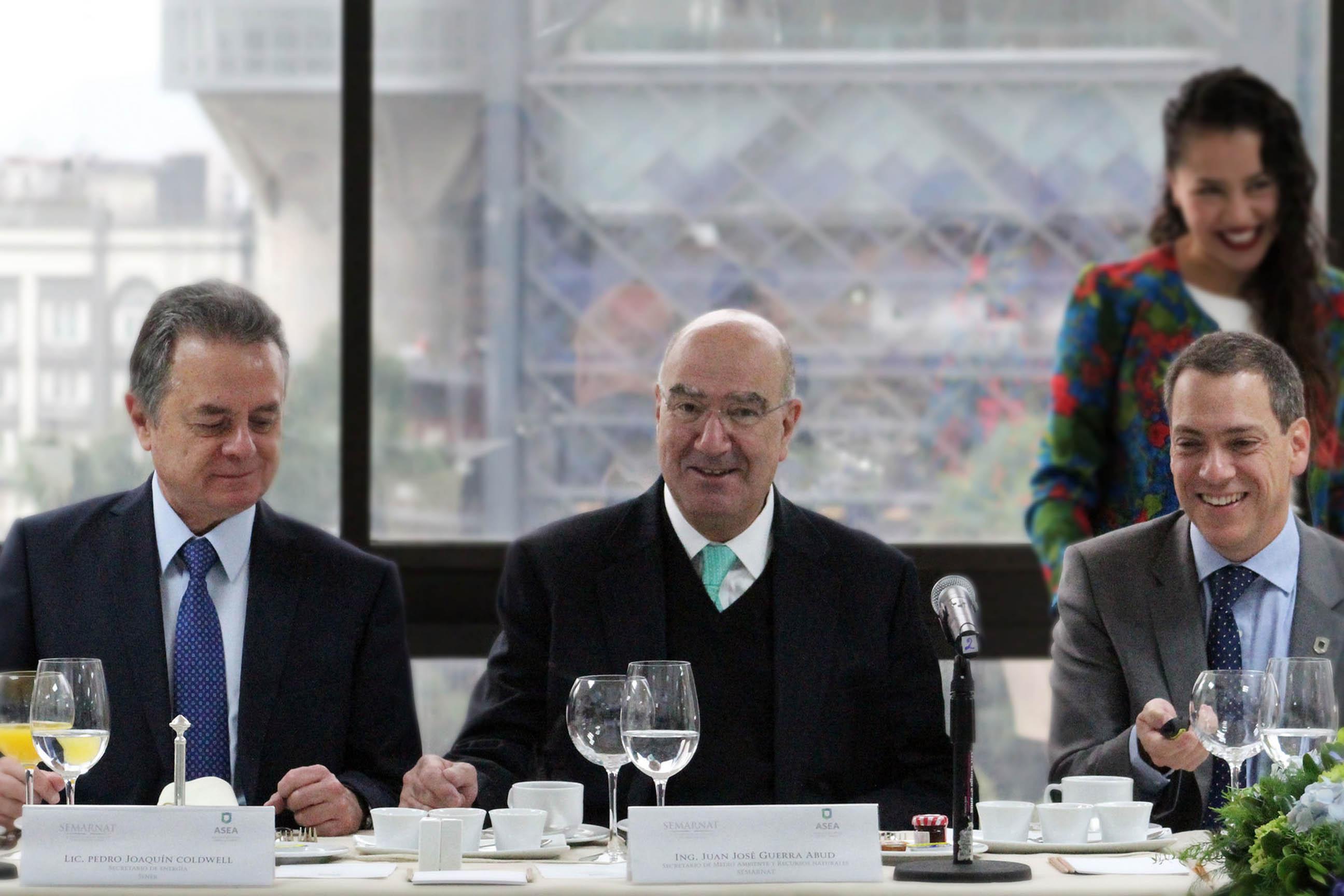 """Reunión """"Cien días de la creación de la ASEA""""."""