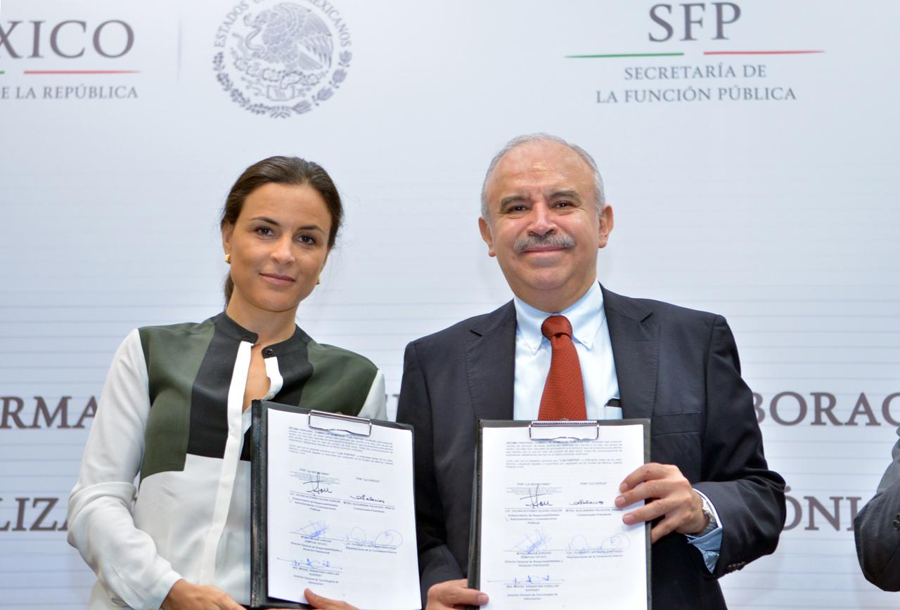 La Comisionada Presidente de la Comisión Federal de Competencia Económica, Alejandra Palacios Prieto, y el Encargado del Despacho de la Secretaría de la Función Pública, Julián Olivas Ugalde.