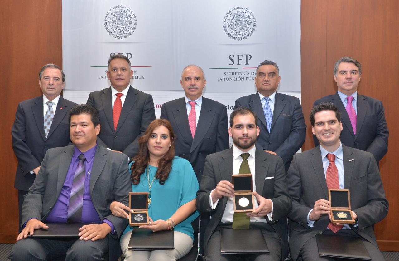 Ceremonia de entrega del Premio Nacional de Administración Pública 2013.
