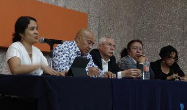 Blanca Flor Trujillo, José Antonio Serrano Castañeda, Arturo Ballesteros Leiner y Eurídice Sosa Peinado en el auditorio Lauro Aguirre de la UPN Ajusco.