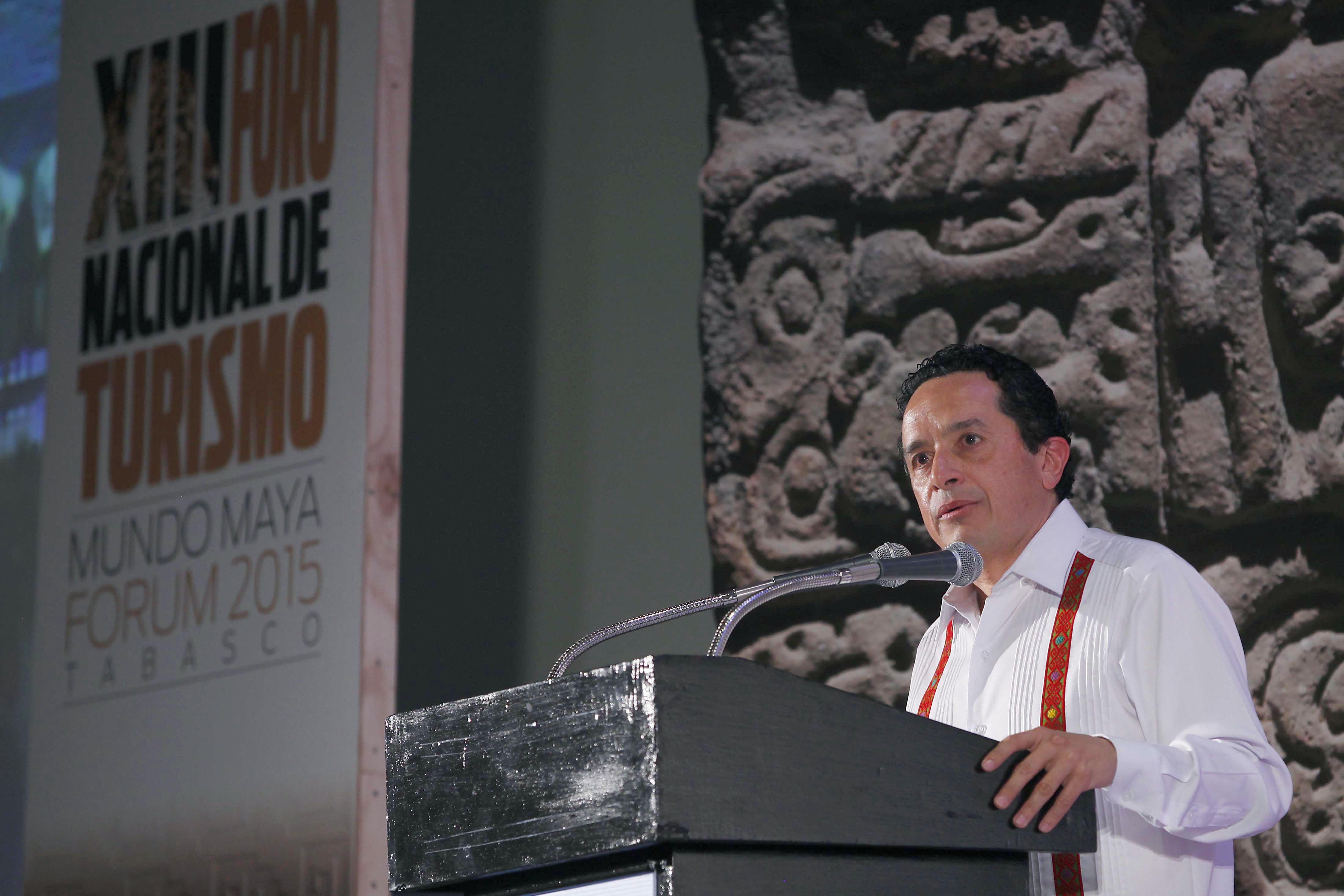 Carlos Joaquín González, subsecretario de Innovación y Desarrollo Turístico de la SECTUR, resaltó los principales beneficios en el marco del XIII Foro Nacional de Turismo.