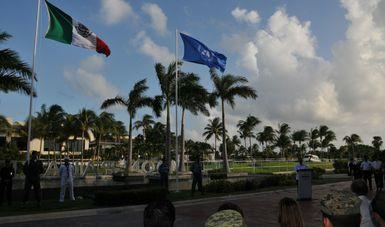 Ceremonia de Izamiento de las banderas de México y de la Organización de las Naciones Unidas