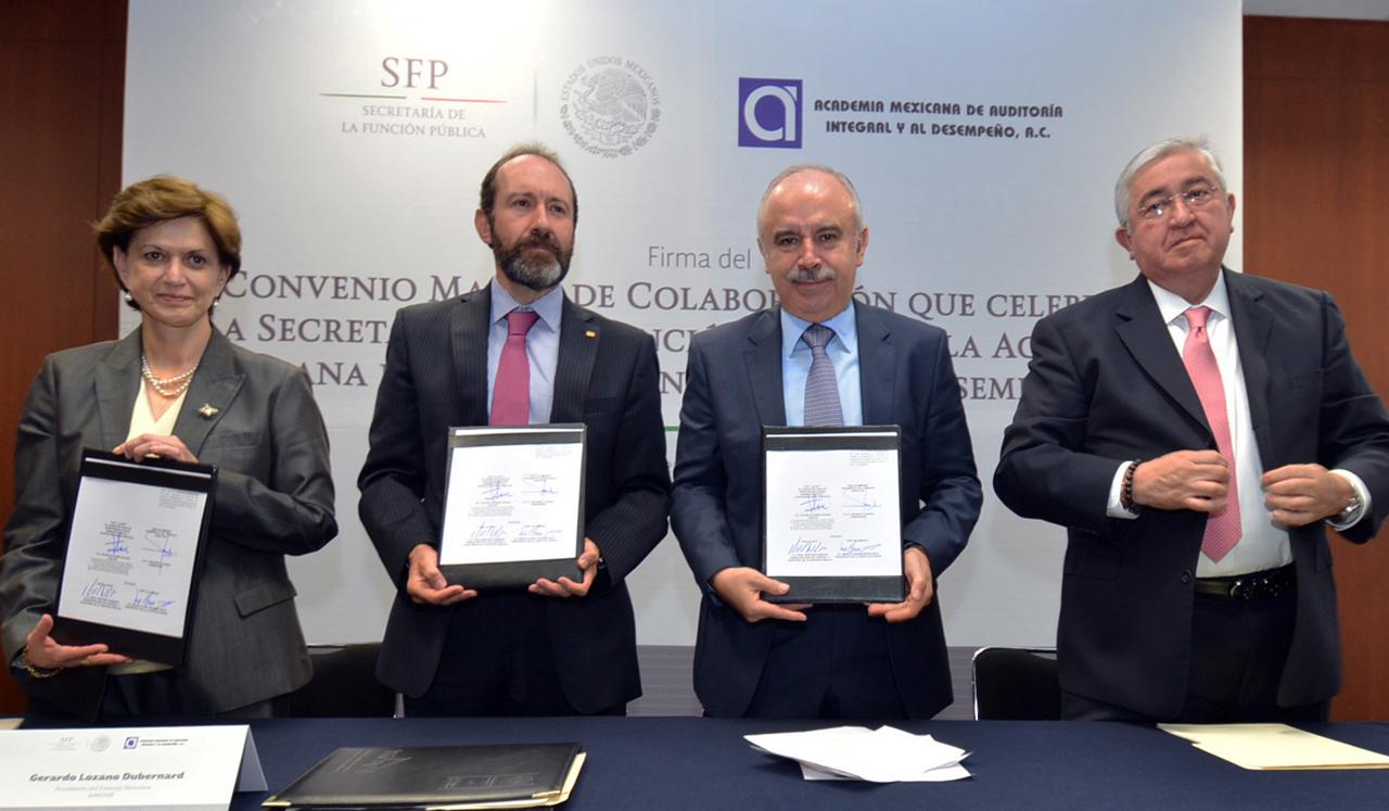 María Elena Vázquez Nava, Gerardo Lozano Dubernard, Julián Olivas Ugalde y Raúl Sánchez Kobashi.