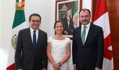 Coinciden México y Canadá en que renegociación del TLCAN será trilateral