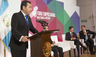 """""""Las inversiones entre México y Guatemala significan que estamos uniendo lazos de amistad, de inversión y de confianza"""",  Presidente de Guatemala, Jimmy Morales."""