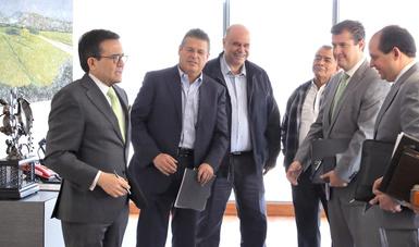 El Secretario de Economía recibe a la Unión Nacional de Cañeros para dialogar sobre azúcar y TLCAN