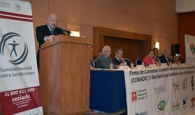 Manuel Mondragón y Kalb, titular de la CONADIC, suscribe convenio con la organización Red Social