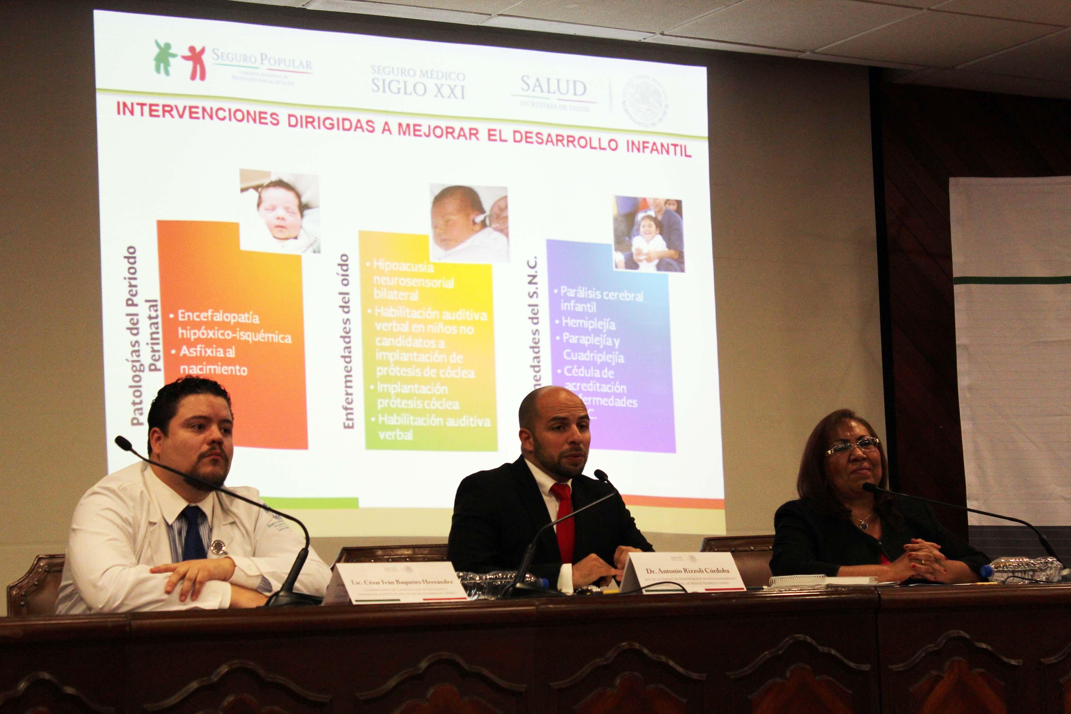 COnferencia de prensa sobre problemas de neurodesarrollo