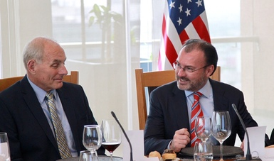 Secretarios Luis Videgaray y John Kelly