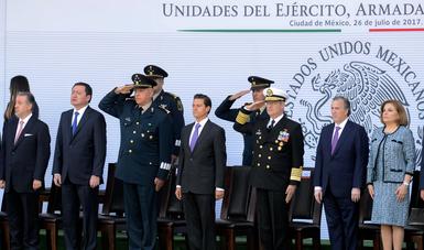 Mientras sea necesaria su intervención, también es deber del Estado proveer a las Fuerzas Armadas de un marco legal que dé certeza a su actuación, refirió.
