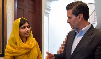 El encuentro se dio en la Residencia Oficial de Los Pinos. La activista paquistaní realiza desde el pasado mes de abril una gira por distintos países del mundo.