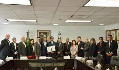 Alfonso Navarrete Prida, José Carlos Torres García y FENASIB