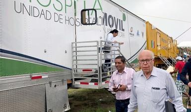 El Dr.  José Narro de la Secretaría de Salud recorre comunidades afectadas en Oaxaca y Chiapas