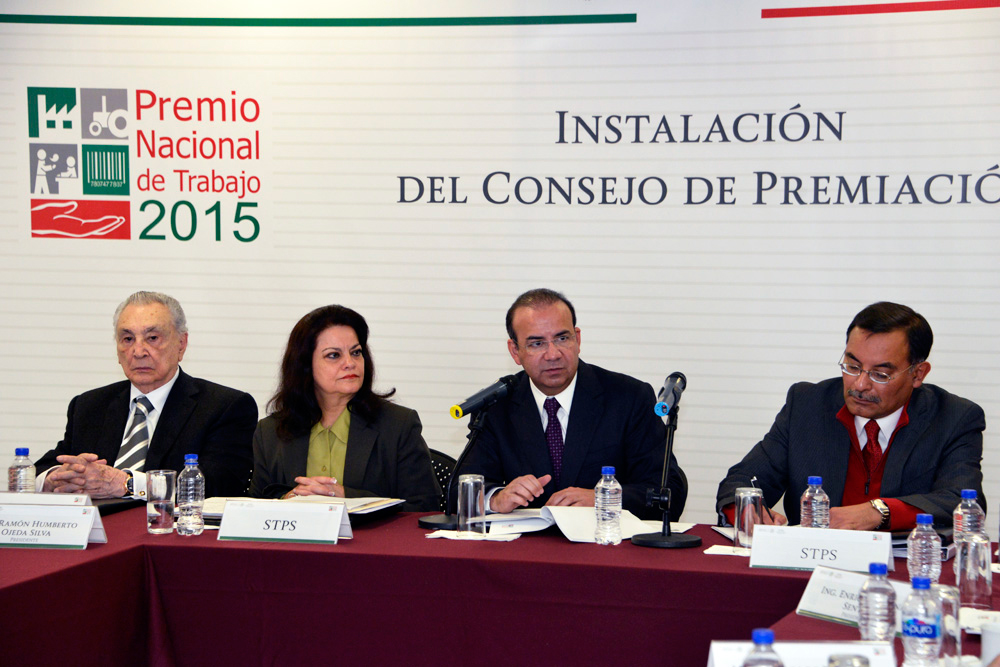 El Secretario del Trabajo y Previsión Social, Alfonso Navarrete Prida, presidió la ceremonia de instalación del Consejo de Premiación del Premio Nacional de Trabajo (PRENAT).