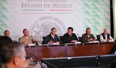 El Gabinete de Seguridad del Gobierno de la República se reunió con el gobernador del estado, Alfredo del Mazo Maza, autoridades estatales y municipales para revisar las acciones que se emprenden en esta entidad en materia de seguridad.