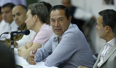 Srio. Miranda en reunión con representantes de empresas de la industria de la construcción y proveedores de materiales en Chiapas.