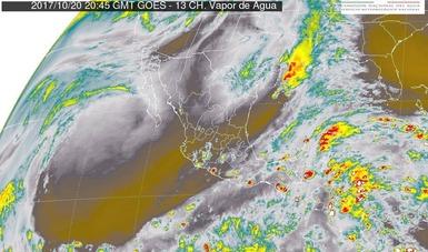 Se mantiene el pronóstico de tormentas intensas en regiones de Veracruz, Tabasco y Chiapas.
