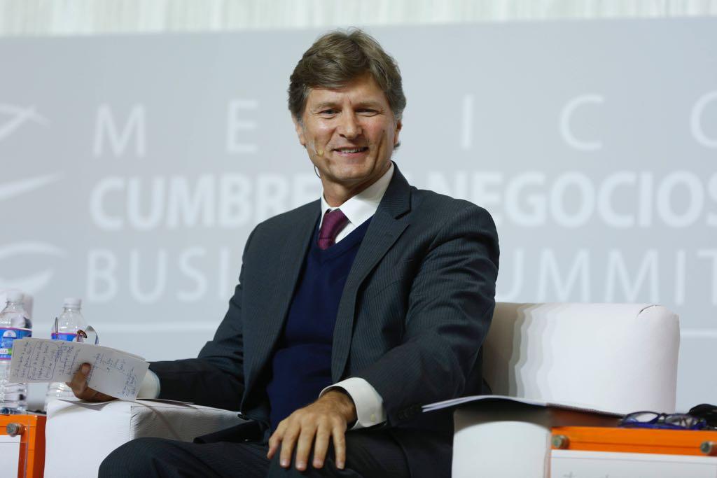 """El titular de la Sectur participó en la """"Cumbre de Negocios Business Summit 2017"""", que se llevó a cabo en San Luis Potosí."""