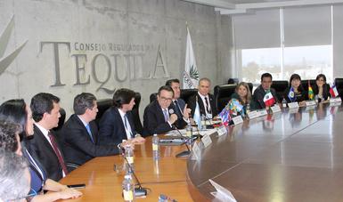 Clausuró el Secretario Ildefonso Guajardo Reunión de la Red de Consumo Seguro y Salud