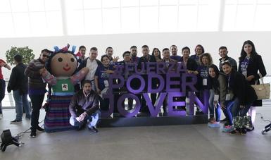 El lema del Encuentro es 'Fuerza Poder Joven'. Los 38.6 millones de jóvenes que hay en México pueden cambiar el país.