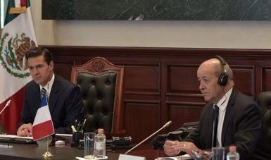 El Primer Mandatario reiteró su respaldo al liderazgo del Presidente Macron en el combate al cambio climático y confirmó su participación en la Cumbre de París, el próximo 12 de diciembre.
