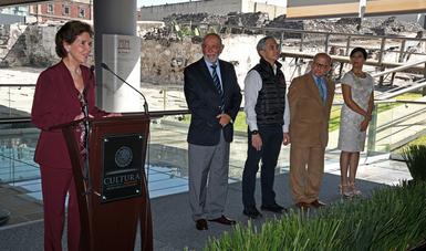 La titular de Cultura reconoció a expertos del INAH quienes con pasión intervienen el patrimonio afectado por los sismos, en once estados