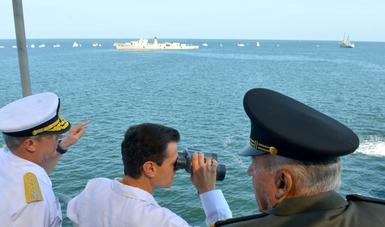 El Primer Mandatario atestiguó el Vertimiento Controlado del Casco del Ex Buque ARM Comodoro Manuel Azueta en Veracruz.
