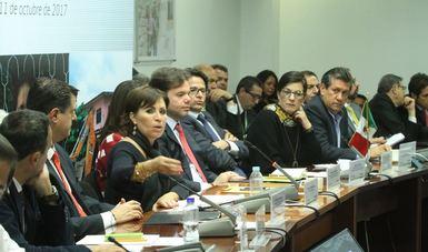 La titular de la SEDATU participando en la presentación del Censo de viviendas y acciones para la reconstrucción: transparencia y rendición de cuentas